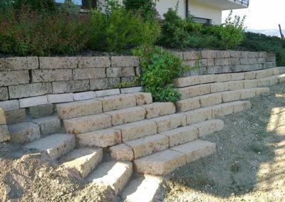 Muri a secco di sassi o pietre